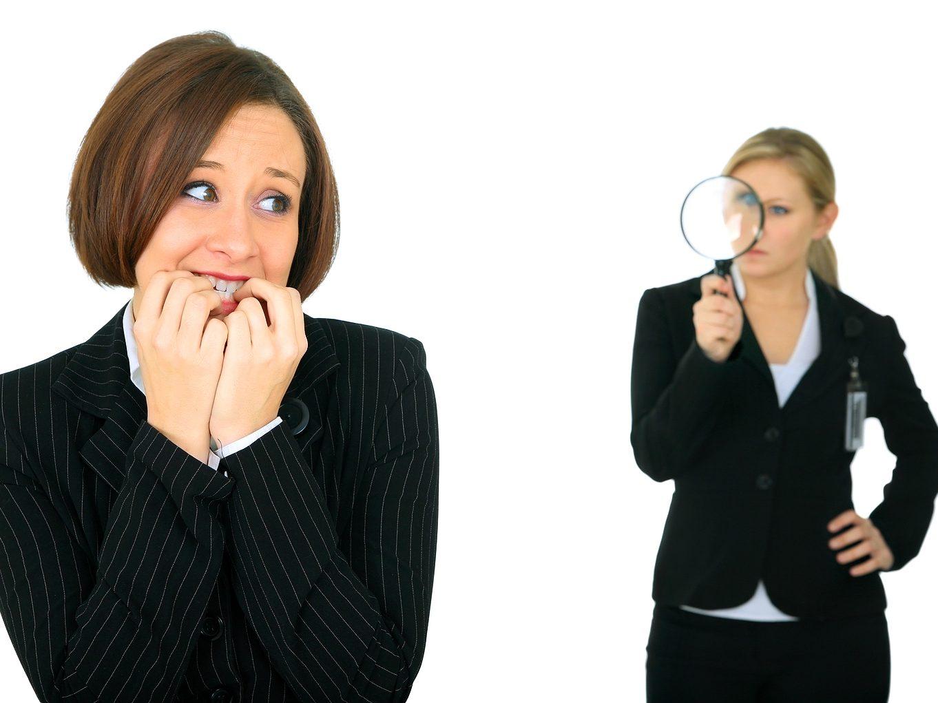 11 روش کاربردی دوری از اهمیت دادن به نظرات دیگران، اهمیت دادن به نظرات دیگران